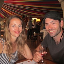 Andrew & Deborah felhasználói profilja