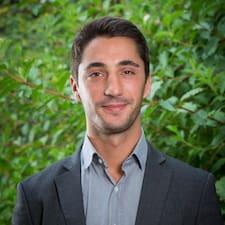 Profil Pengguna Adrien