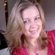 โพรไฟล์ผู้ใช้ Barbara Gwen