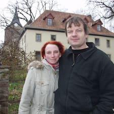 Matthias Und Jenny, Matthias And Je是房东。