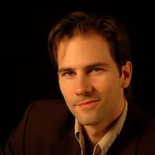 Pierre Louis felhasználói profilja