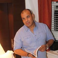 Abdelmajid es el anfitrión.