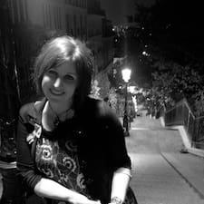 Anne-Cécile User Profile
