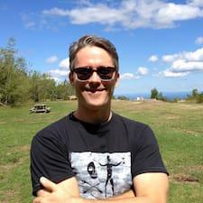 Кориснички профил на Richard
