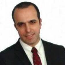 António — хозяин.