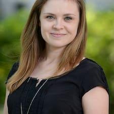 Lindsey User Profile