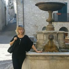 Yvona - Travel Consultant Tuscany User Profile