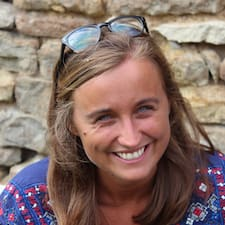 Adélaïde User Profile
