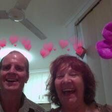 โพรไฟล์ผู้ใช้ Renee & Anton