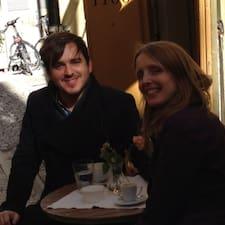 โพรไฟล์ผู้ใช้ Rebecca And Rudy