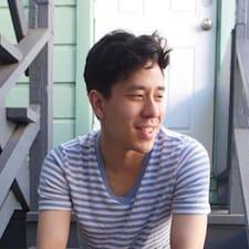 Allen felhasználói profilja