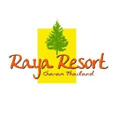 Raya Resort Cha-Am是房东。