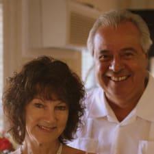 Robert And Diane是房东。