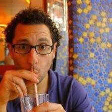 Yuval的用户个人资料