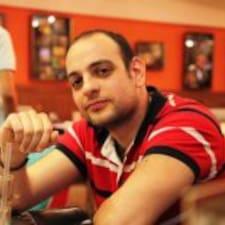Profil Pengguna Charbel
