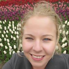 Anouschka User Profile