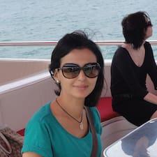 Lamia felhasználói profilja