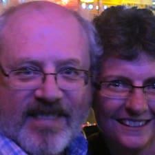 โพรไฟล์ผู้ใช้ Kean & Sue