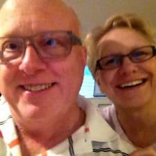 Joanne And Brad felhasználói profilja
