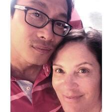 โพรไฟล์ผู้ใช้ Khai  & Paula