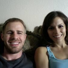 Notandalýsing Joshua And Amy