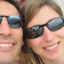 Bertrand Et Aurélie is the host.
