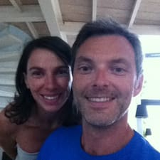 Cédric & Francine是房东。