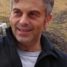 โพรไฟล์ผู้ใช้ Enzo