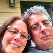 Michael & Leslie的用户个人资料