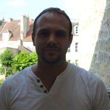 Romain is the host.