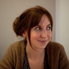 Lucile Et Benoît is the host.