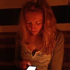 Josephine - Profil Użytkownika