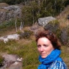 Marianne Bøgelund is the host.