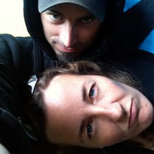 โพรไฟล์ผู้ใช้ Jared & Katie
