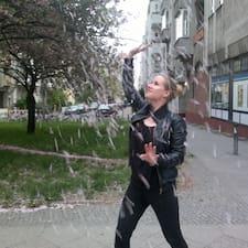 Sara Brugerprofil