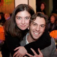 Francesco & Roberta est l'hôte.