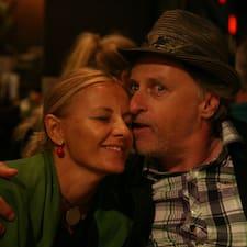 Tamara & Marko is the host.