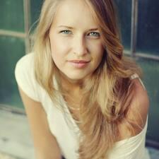 Polinaさんのプロフィール