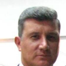 TC Şenol is the host.