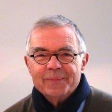 Jean-Pierre is the host.