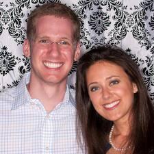 โพรไฟล์ผู้ใช้ Daniel And Sarah