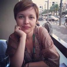 Olga ist der Gastgeber.