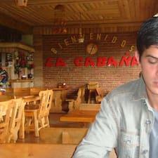 Fernando je domaćin.