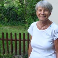 โพรไฟล์ผู้ใช้ Geneviève