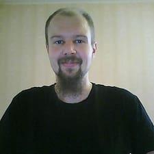 Aaro felhasználói profilja