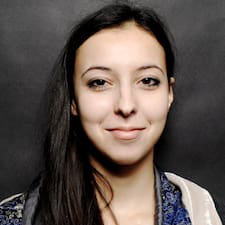 Aïcha User Profile