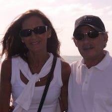 Maria And Eduardo Kullanıcı Profili