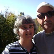 Profilo utente di Dave And Mary