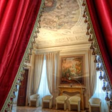 Palazzo Maffei is the host.