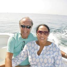 Saida & Stan User Profile